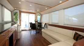 Cruisecraft 1 houseboat 3