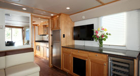 Cruisecraft 1 houseboat 5
