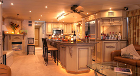 Houseboat Interiors 1