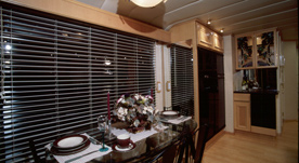 Houseboat Interiors 5